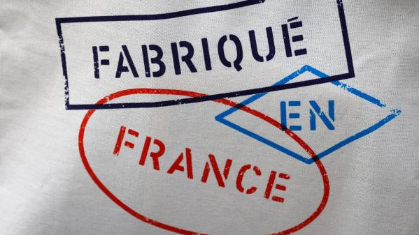 """Le gouvernement veut mettre en avant le """"made in France""""Il assure que son action a déjà permis de garder ou de créer dans l'hexagone près de 77000 emplois.Le décryptage de Fanny Guinochet."""