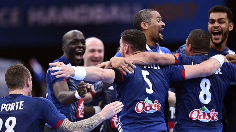 Les Français peuvent exulter après leur 6e titre mondial (FRANCK FIFE / AFP)