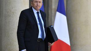 Le ministre de l'Intérieur, Gérard Collomb, à la sortie de l'Elysée, le 16 mai 2018. (GERARD JULIEN / AFP)