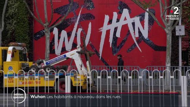 Chine : les habitants de Wuhan à nouveau dans les rues