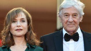 """Isabelle Huppert et Paul Verhoeven au Festival de Cannes 2016, pour """"Elle""""  (ALBERTO PIZZOLI / AFP)"""