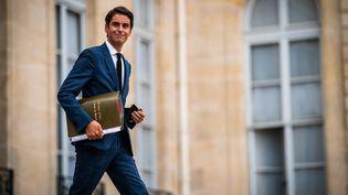 Le porte-parole du gouvernement, Gabriel Attal, le 7 juillet 2021 à l'Elysée. (XOSE BOUZAS / HANS LUCAS)