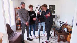 """Le jeune groupe de rap a sorti son premier album """"Prémices"""" (France Télévisions)"""