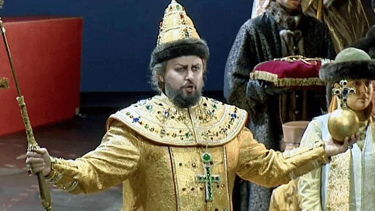 Alexey Tikhomirov dans le rôle de Boris Godounov.  (Capture d'écran France 3 Provence-Alpes)