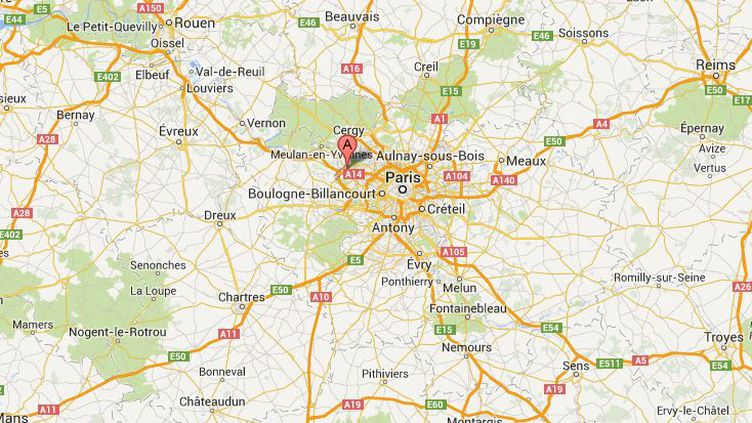 Un adolescent de 13 ans a été séquestré et agressé dans le stade Léo-Lagrange de Poissy (Yvelines), dans la nuit du 3 au 4 septembre 2013. (GOOGLE MAPS)
