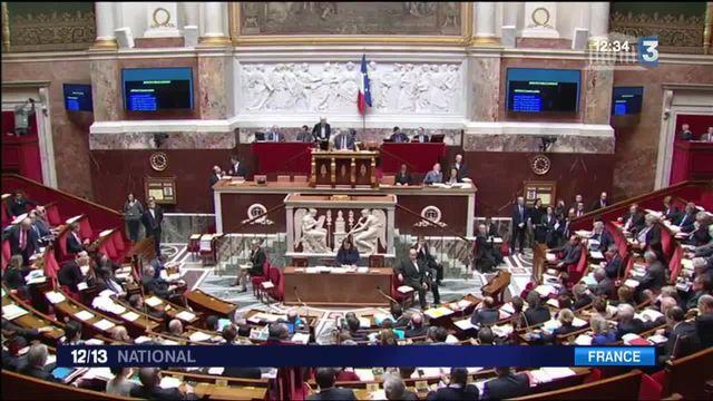 L'Assemblée nationale adopte la déchéance de nationalité