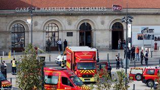 Un homme a été abattu à Marseille, le 1er octobre 2017, après avoir tué deux passants dans une attaque au couteau, perpétrée dans la gare Saint-Charles. (JEAN-PAUL PELISSIER / REUTERS)