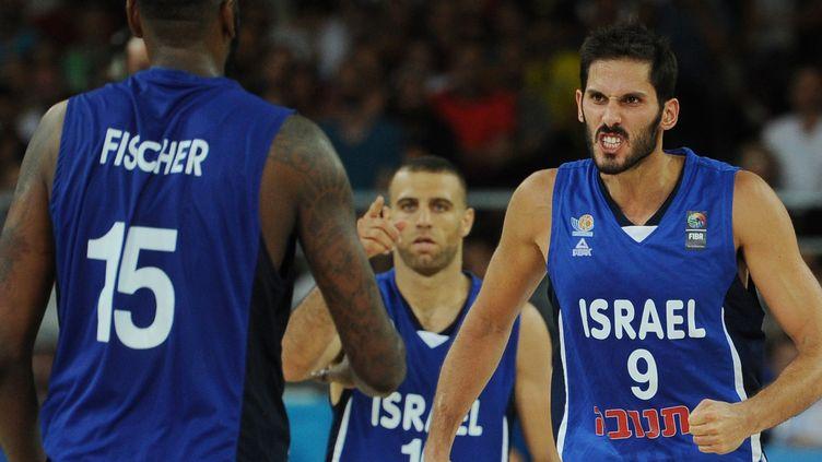 Omri Casspi et les siens ont décroché leur deuxième victoire d'affilée  (SYLVAIN THOMAS / AFP)