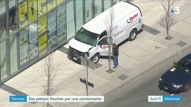 Toronto : une camionnette fonce sur la foule, au moins neuf morts