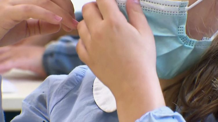 Covid-19 : les élèves des écoles primaires de 47 départements pourront tomber le masque. (FRANCE 2)
