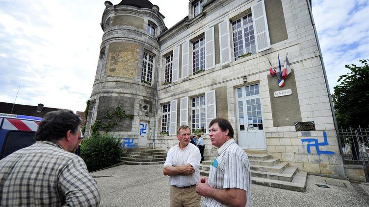 La mairie de Courson-les Carrières, dans l'Yonne, le 21 juin 2012 (SALESSE FLORIAN / MAXPPP)