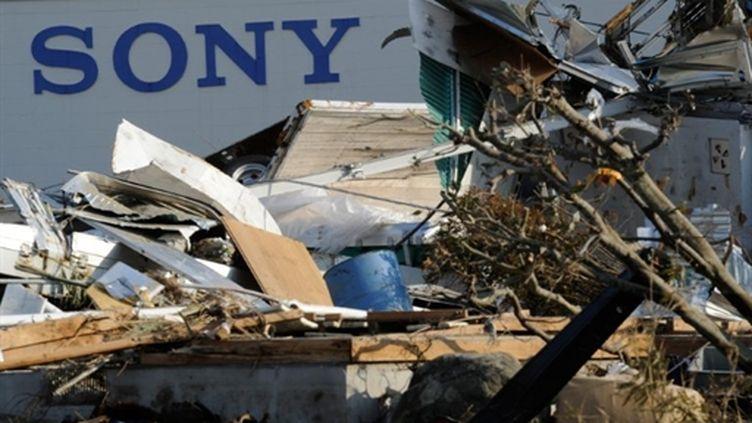Une usine Sony au Japon touchée par le séisme. (AFP/TORU YAMANAKA)