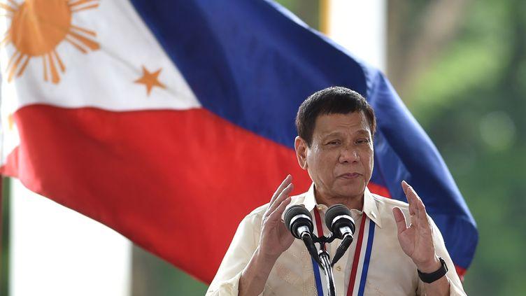 Rodrigo Duterte, le 29 août 2016, à Manille. (TED ALJIBE / AFP)