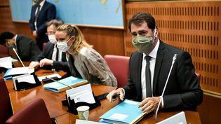 Le ministre de l'Intérieur avant son audition devant la commission d'enquêteparlementaire sur l'indépendance de la justice le 2 juillet 2020 à Paris. (STEPHANE DE SAKUTIN / AFP)