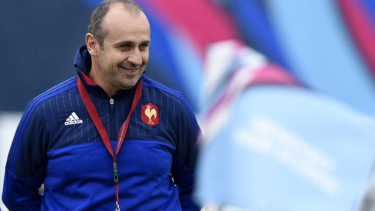 Le sélectionneur français Philippe Saint-André, le 16 octobre 2015 à Newport (pays de Galles). (FRANCK FIFE / AFP)