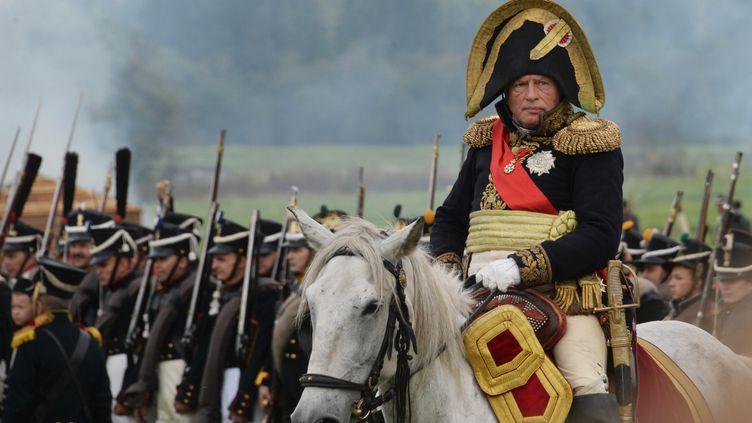 L'historien russe Oleg Sokolov lors d'une reconstitution de la bataille de Borodino, le 4 septembre 2016 à Mojaïsk, à l'ouest de Moscou (Russie). (KIRILL KALLINIKOV / SPUTNIK)