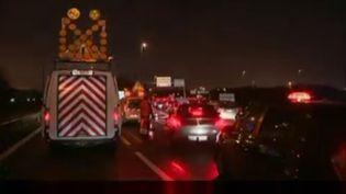 L'aéroport de Roissy bloqué vendredi 5 février par une opération-escargot de VTC. (FRANCE 2)