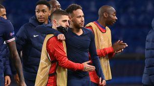 Le N.10 du PSG, Neymar, lors de la qualification pour les demi-finales de la Ligue des champions, le 13 avril 2021. (FRANCK FIFE / AFP)