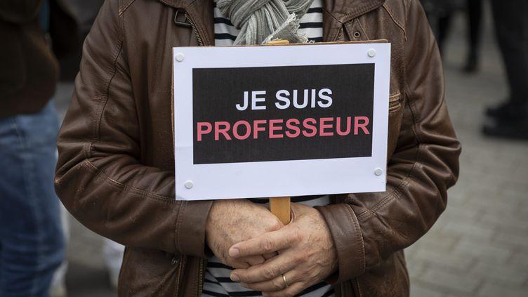 Rassemblement en hommage à Samuel Paty, le 17 octobre 2020 à Rennes. (JEREMIAS GONZALEZ / MAXPPP)