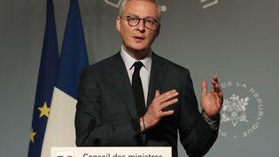 Le ministre de l'Economie, Bruno Le Maire, le 25 mars 2020 à l'Elysée. (FRANCOIS MORI / AFP)