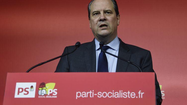 Le premier secrétaire du PS, Jean-ChristopheCambadélis, donne une conférence de presse après une réunion du bureau national du parti, le 7 mars 2016. (DOMINIQUE FAGET / AFP)