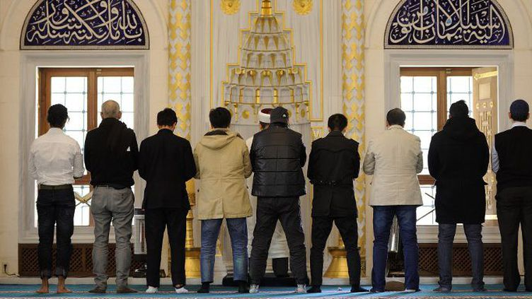 La mosquée de Tokyo est ouverte au public lors des cinq prières quotidiennes (25 janvier 2015). (David Mareuil / Agence Anadolu)