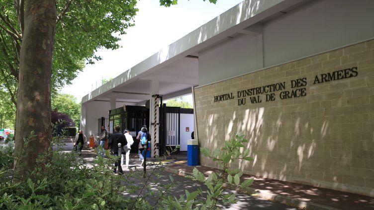 Entrée de l'hôpital du Val-de-Grâce, à Paris, le 19 mars 2015. (MAXPPP)