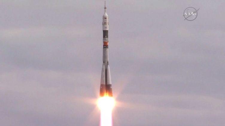 (La navette Soyouz a décollé sans encombre à 4H37 UTC de la plateforme de Baikonur au Kazakhstan © NASA TV)