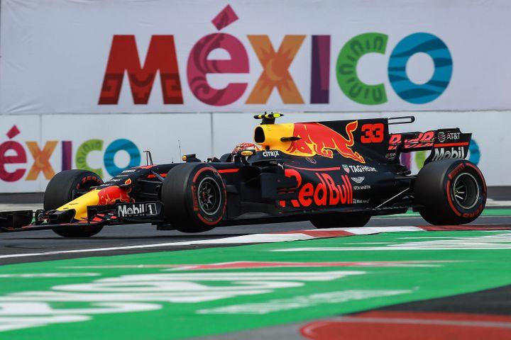 Le vainqueur du GP en 2017 Max Verstappen part confiant sur une piste adaptée à sa Red Bull. (DANIEL CARDENAS / ANADOLU AGENCY)