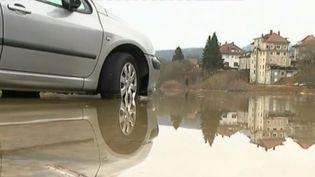 Le village de Quingey (Doubs) sous les eaux le 23 janvier 2018 (FRANCE 2)