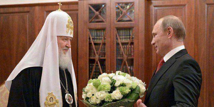 Une rencontre au Kremlin entre le président Vladimir Poutine et le patriarche de Moscou, le 24 mai 2015. (Aleksei Nilosky/Ria Novosti/AFP)