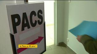 Le Pacte civil de solidarité (PACS) a 20 ans (FRANCEINFO)