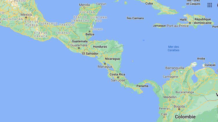 Capture d'écran du Costa Rica (au centre) sur Google Maps. (GOOGLE MAPS / FRANCEINFO)