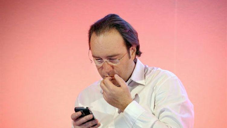 """Pour Xavier Niel, le patron de Free, la loi contre le piratage est une """"mauvaise loi qui ne résout rien"""". (AFP / Eric Piermont)"""