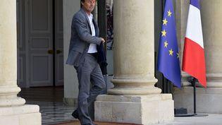 Nicolas Hulot, à la sortie du conseil des ministres du 22 août 2018, le dernier auquel il ait assité, avant d'annoncer sa démission sur franceinter le 28 août. (GETTY IMAGES)