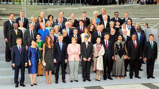 Les dirigeants du G20 se réunissent à Hambourg (Allemagne), le 7 juillet 2017. (YOMIURI / AFP)