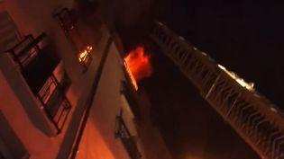 Un incendie a fait huit morts dans le 18e arrondissement de Paris, le 2 septembre 2015. (FRANCE 2)