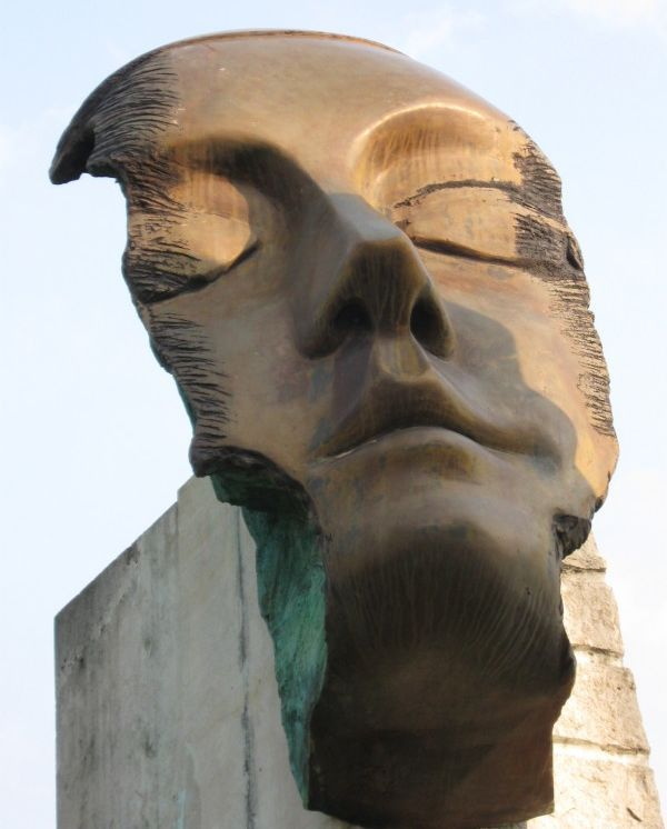 """Les """"Sentinelles de la mémoire"""" de Jorge Soler  (Besançon.fr)"""