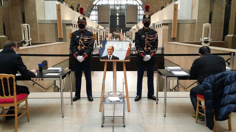 Hommage à l'ancien président de la République Valéry Giscard d'Estaing au musée d'Orsay à Paris, le 9 décembre 2020 (BENJAMIN  ILLY / FRANCEINFO / RADIO FRANCE)