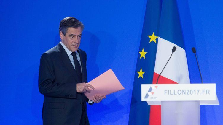 François Fillon lors de sa conférence de presse, le 6 février 2017, à Paris. (DANIEL FOURAY / MAXPPP)
