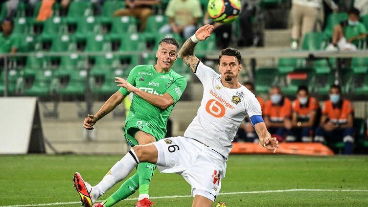Jose Fonte et le Losc n'ont toujours pas remporté un match depuis le début de la saison. (OLIVIER CHASSIGNOLE / AFP)