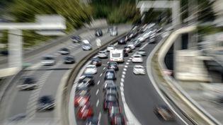 L'autoroute A7, photographiée le 16 août 2014 près de Lyon (Rhône). (JEAN-PHILIPPE KSIAZEK / AFP)