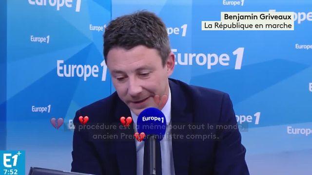 Manuel Valls marche-t-il seul ?