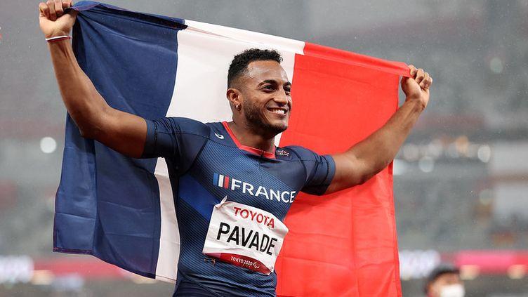 Dimitri Pavadé remporte l'argent au saut en longueur T64 à Tokyo. (France Paralympique)