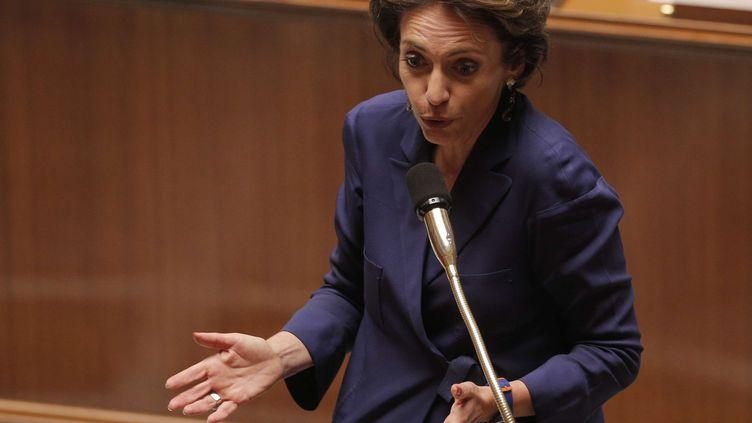 Marisol Touraine, la ministre des Affaires sociales, lors du débat sur la réforme des retraites à l'Assemblée nationale à Paris, le 9 octobre 2013. (CHRISTOPHE ENA / SIPA)