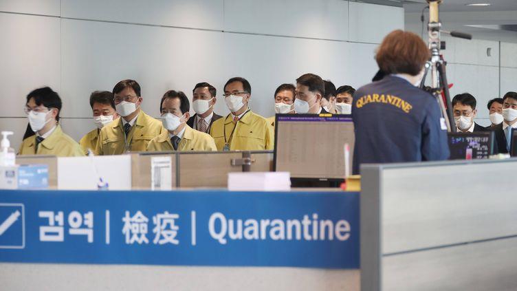 A Séoul, tous les nouveaux arrivés à l'aéroport d'Incheon se voient imposer des mesures de quarantaine. (YONHAP NEWS/NEWSCOM/SIPA / NEWSCOM)