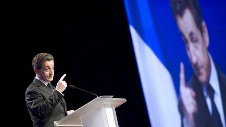 Nicolas Sarkozy en meeting à Bordeaux (LIONEL BONAVENTURE / AFP)