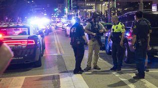 Au moins quatre policiers ont été tués, jeudi 7 juillet,à Dallas (Texas, Etats-Unis). (LAURA BUCKMAN / AFP)