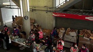 Solidarité : à Marseille, les Restos du Cœur aux petits soins avec les étudiants (France 2)
