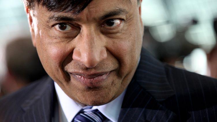 Le président d'ArcelorMittal, Lakshmi Mittal, le 31 mars 2010 à Londres (Royaume-Uni). (OLI SCARFF / GETTY IMAGES)
